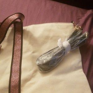 Victoria's Secret Bags - NWT Victoria's Secret canvas tote bag